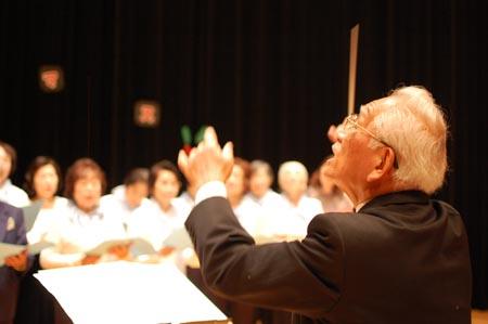 岡山の特別養護老人ホーム【愛光苑】2012クリスマスコンサート1